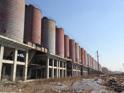 Alignement de silos - espace délaissé urbain