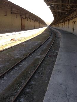 Anciennes voies ferrées menant au site